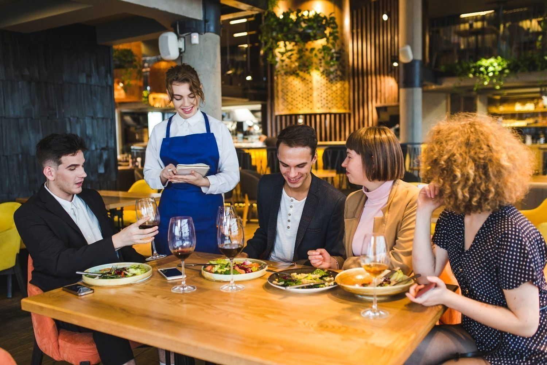 Posiciona tu local con cursos online para hostelería